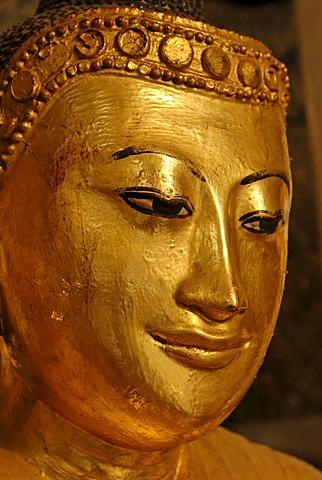 Golden Buddha, Shwedagon Pagoda, Yangon