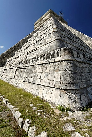 Kukulkan pyramid, Maya and Toltec archeological site Chichen Itza, new worldwonder, Yucatan, Mexico