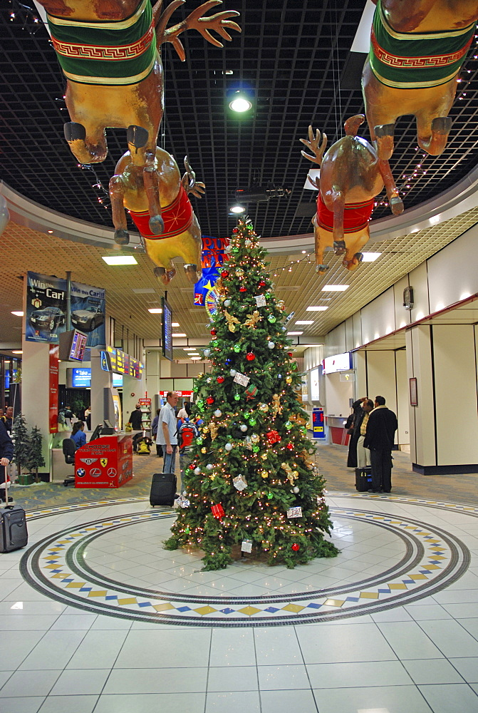 Christmas decoration, seen at the airport of Bahrain