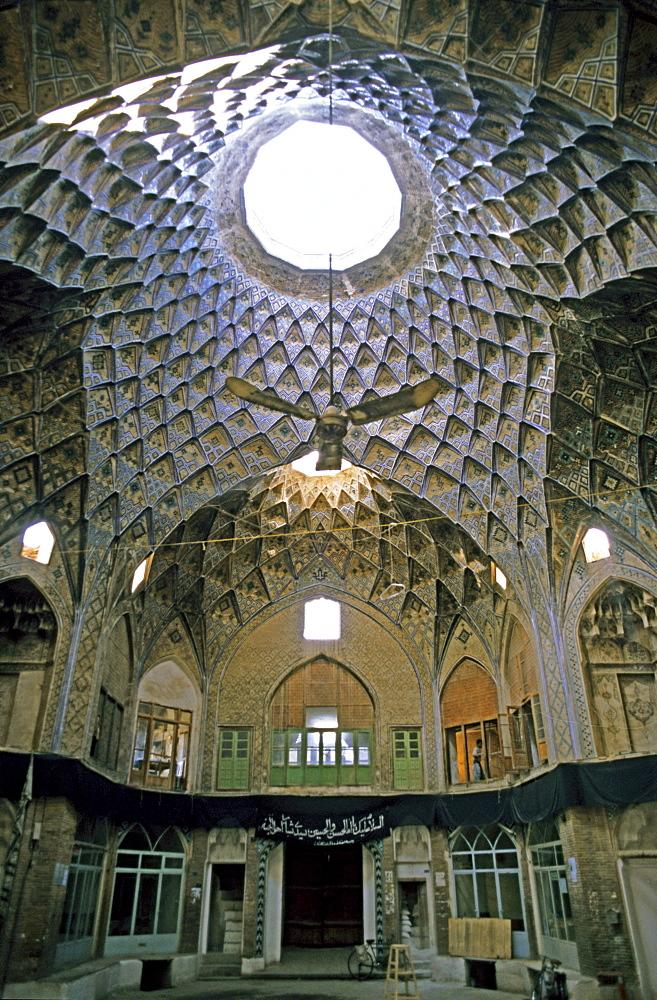 Cupola, old bazaar, Kashan, Iran