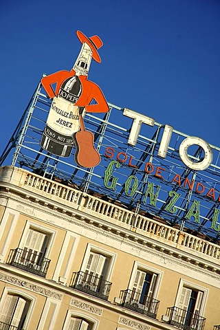 Tio Pepe advertising , Madrid , Spain , Europe - 832-366100