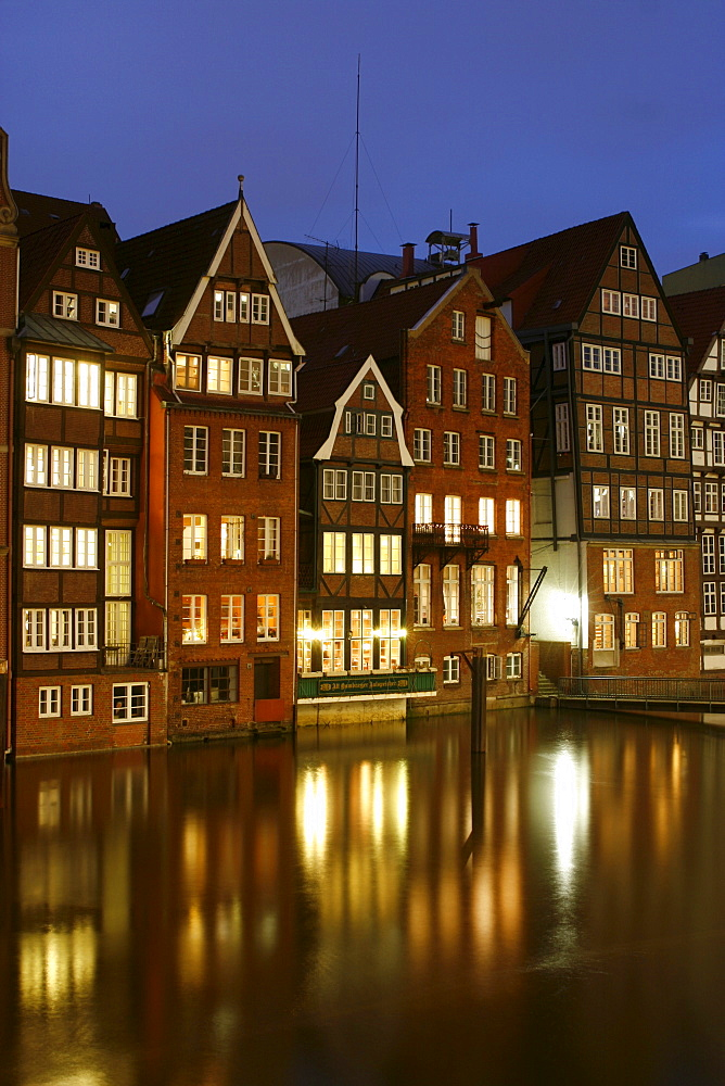 Houses along the Nikolaifleet Canal, Hamburg, Germany, Europe