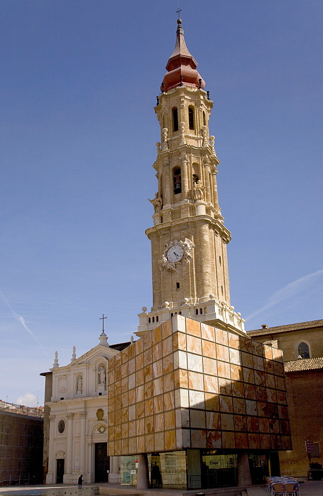 Belfry or bell tower of the Catedral de San Salvador cathedral, La Seo, in Saragossa or Zaragoza, Aragon, Spain, Europe