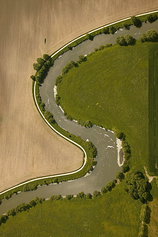 Aerial view, meandering River Lippe, embankment, field, meadow, Hamm-Werries, Ruhr Area, North Rhine-Westphalia, Germany, Europe