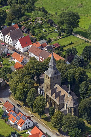 Aerial view, Church of St. Nicholas, Ruethen, Sauerland, North Rhine-Westphalia, Germany, Europe