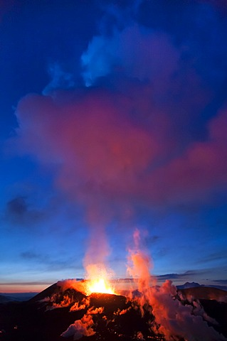 Eruption of the Fimmvoer√∞uh√°ls Volcano, between M√Ωrdalsjoekull and Eyjafjallajoekull, Highland, Iceland, Europe
