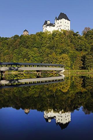 Schloss Burgk Castle and a covered wooden bridge above Burgkhammer Reservoir, Thuringia, Germany, Europe, PublicGround