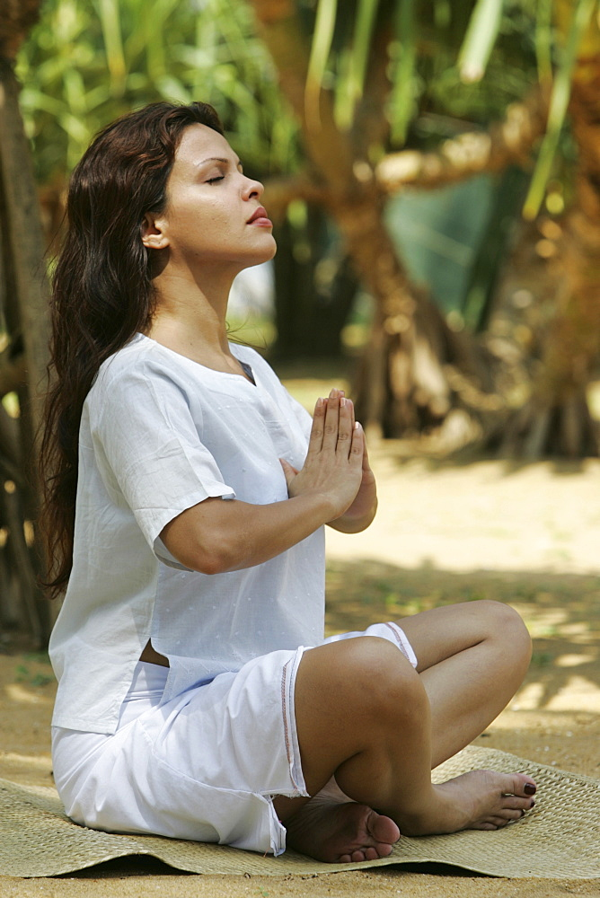 LKA, Sri Lanka : Siddhalepa Ayurveda Resort, Meditation, Yoga, at the beach.