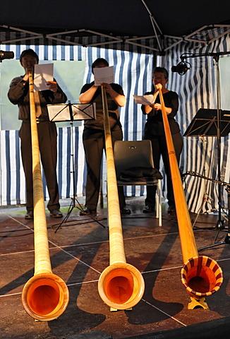 Alphorn trio of the Duisburger Philharmoniker philharmonic orchestra, ExtraSchicht festival, Landschaftspark landscape park Duisburg-Nord, Meiderich, North Rhine-Westphalia, Germany, Europe