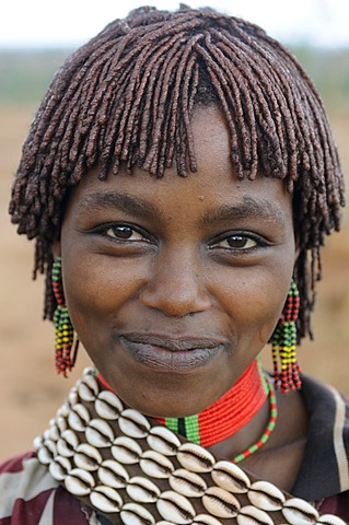 Young woman from the Hamar tribe during the bull-leaping ceremony, an initiation rite, portrait, southern Omo Valley, Ethiopia, Africa