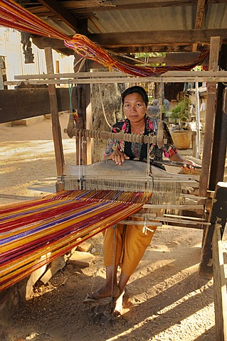Loom on a farm in a village near Bagan, Myanmar, Burma, Southeast Asia, Asia