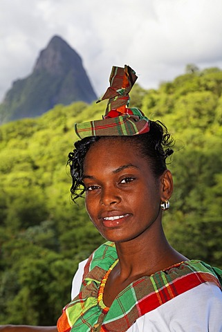 Young waitress in traditional garb, Saint Lucian, Luxury Hotel Anse Chastanet Resort, LCA, St. Lucia, Saint Lucia, Island Windward Islands, Lesser Antilles, Caribbean, Caribbean Sea