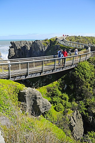 Tourists visiting the Pancake Rocks rock formations, Punakaiki, Paparoa National Park, South Island, New Zealand
