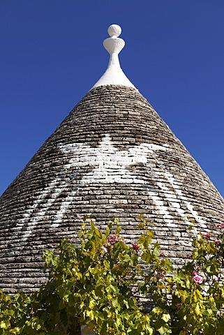 Trulli house of the Rione Monti Area of Alberobello, Puglia, Italy, Europe