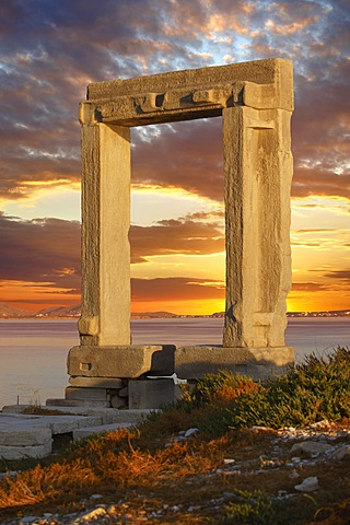 Doorway of the ruins of the Temple of Apollo, Naxos, Cyclades Islands, Greece, Europe