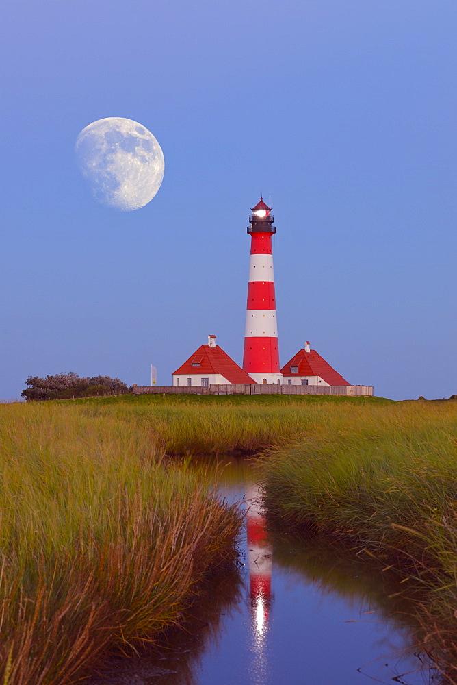 Westerheversand Lighthouse, Westerhever, Eiderstedt, North Frisia, Schleswig-Holstein, Germany, Europe