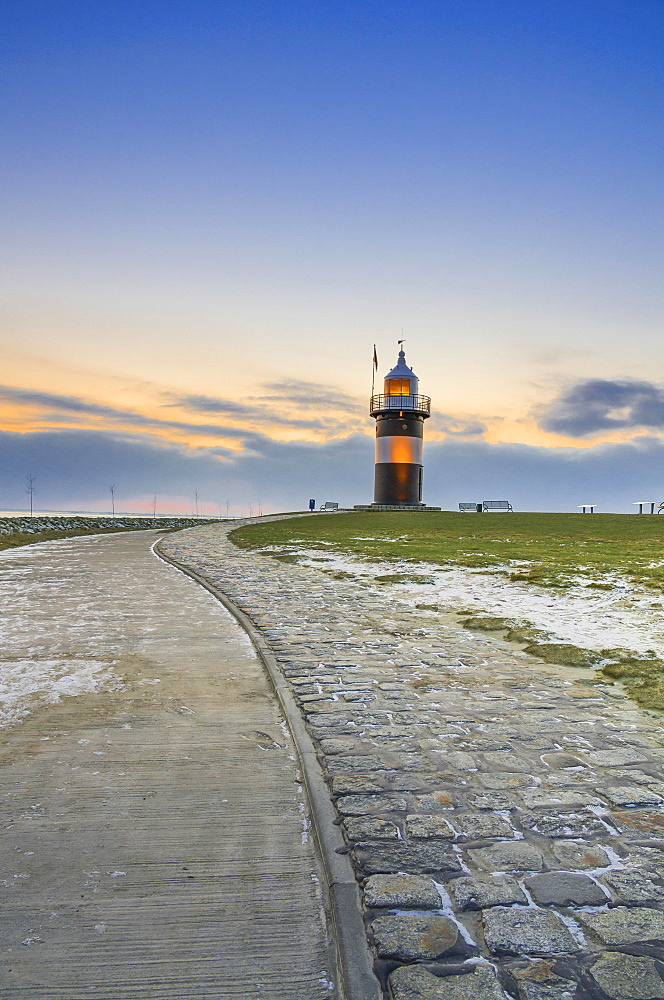 Kleiner Preusse lighthouse, Wremen, Lower Saxony, Germany, Europe
