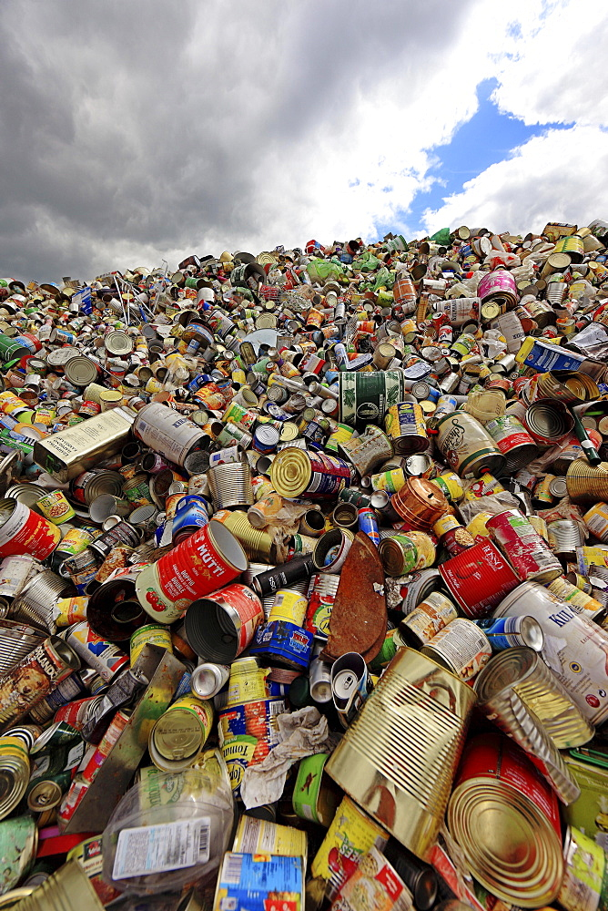 Waste disposal, Storage for recycling, beverage cans, Weissblech, Germany, Europe - 832-378922
