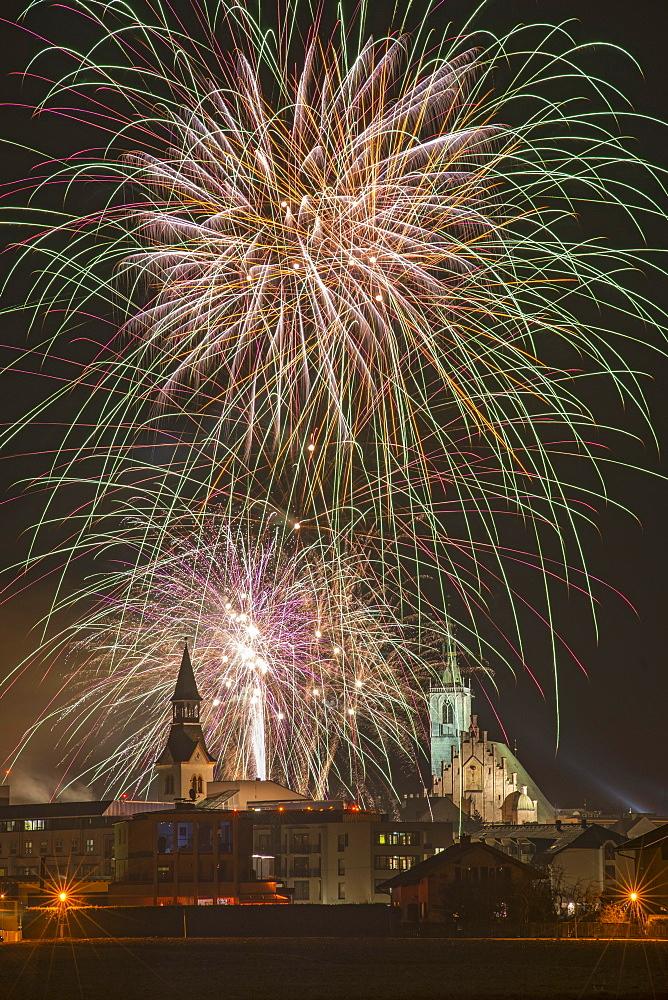 Fireworks, Spitalskirche and parish church, Schwaz, Tyrol, Austria, Europe