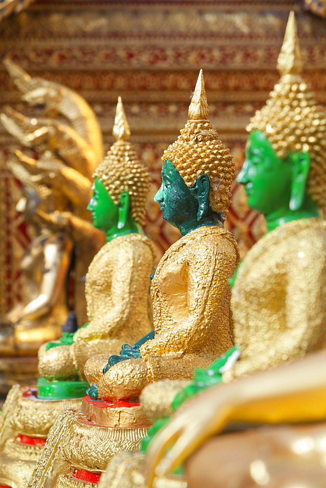 Jade Buddha statues, Wat Phrathat Doi Suthep, Chiang Mai, Thailand, Asia