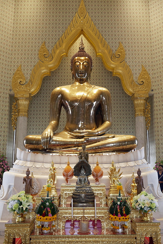 World's largest solid gold Buddha statue, temple of the Golden Buddha, Wat Traimit, Samphanthawong, Bangkok, Thailand, Asia