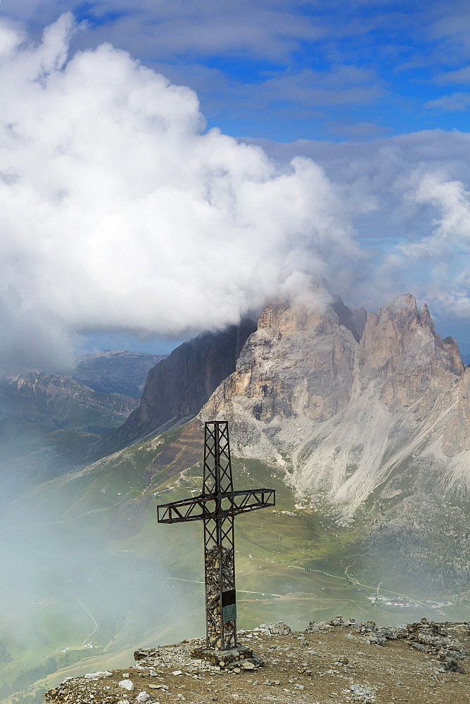 Sass Pordoi, summit cross, Dolomites, South Tyrol, Italy, Europe
