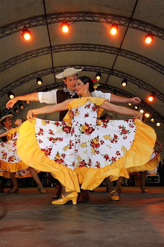Folklore group Sentiemento Criollo dancing Argentine dances, folklore festival, Neustadt, Schleswig-Holstein, Germany, Europe