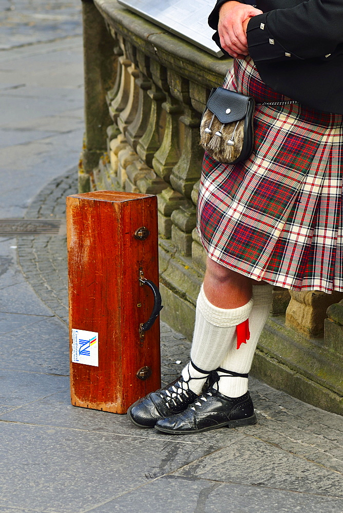Kilt, sporran purse and bagpipes case, Edinburgh, Scotland, United Kingdom, Europe