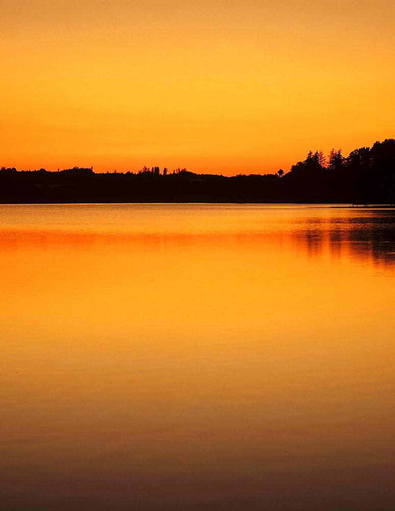 Bucher Stausee reservoir, Ostalb, Swabian Alb, Baden-Wurttemberg, Germany, Europe - 832-382909