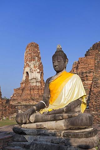 Buddha statue amid the ruins of Wat Phra Mahathat, Ayutthaya, Thailand, Asia