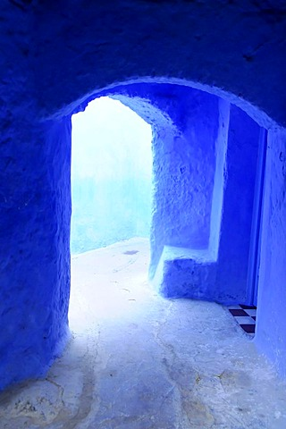 Passage, entrance, Souk, Medina, historic town centre, Chefchaouen, northern Morocco, Morocco, Africa