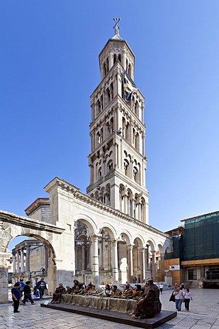 Historic town centre, Diocletian's Palace, square between Peristyle and the Cathedral, sculpture of Christ and the 12 apostles at the Last Supper, Split, Central Dalmatia, Dalmatia, Adriatic coast, Croatia, Europe, PublicGround