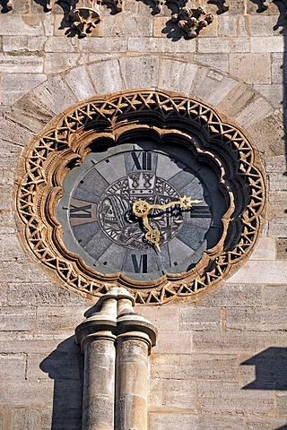 Large church clock on facade of Stephansdom, St. Stephen's Cathedral, Stephansplatz, Vienna, Austria, Europe