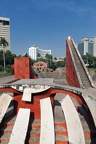 Jantar Mantar observatory, office building, Connaught Place, Delhi, New Delhi, North India, India, Asia