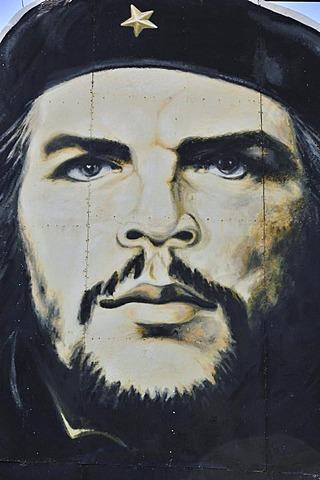"""Revolutionary propaganda, portrait of Ernesto """"Che"""" Guevara, Las Tunas, Cuba, Caribbean"""