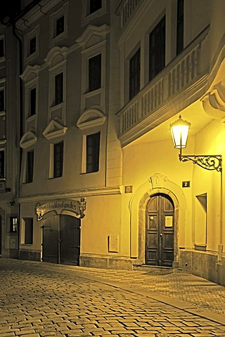 Typical Prague alley with historic street lamps at night, Mala Strana district, Prague, Bohemia, Czech Republic, Europe