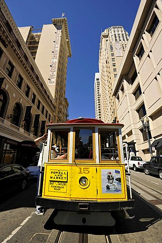 Cable car, cable tramway, Powell Street and Market Street, San Francisco, California, United States of America, USA, PublicGround