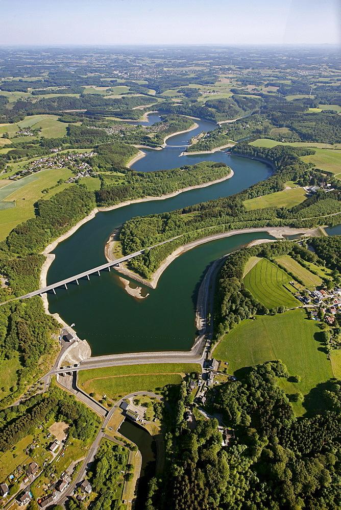 Aerial view, Wuppertal Dam, Kraewinklerbruecke bridge, Bergisches Land, North Rhine-Westphalia, Germany, Europe