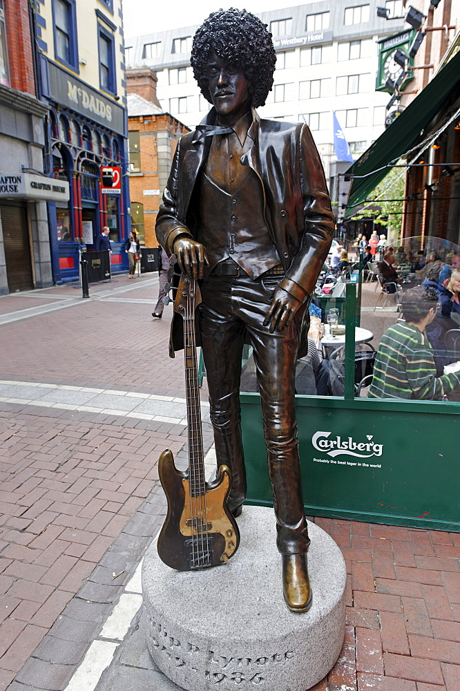 Phil Lynott, 1949 - 1986, Irish rock musican, Harry Street, Dublin, Republic of Ireland, Europe