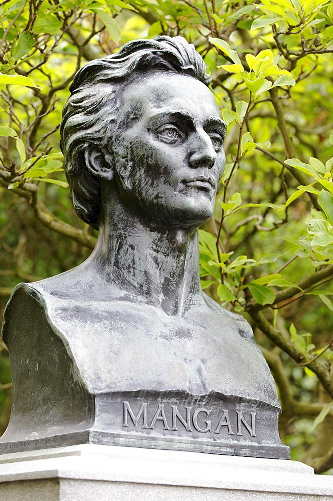 James Clarence Mangan, 1803 - 1849, Irish poet, memorial, St. Stephan's Green, Dublin, Republic of Ireland, Europe, PublicGround