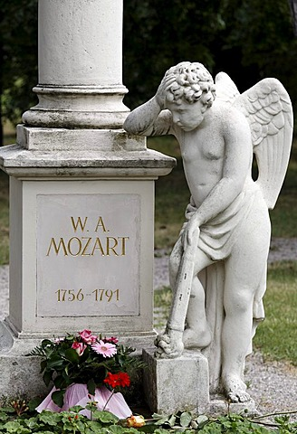 Tomb of Wolfgang Amadeus Mozart, St. Marxer Friedhof cemetery, Biedermeier-cemetery, Vienna, Austria, Europe