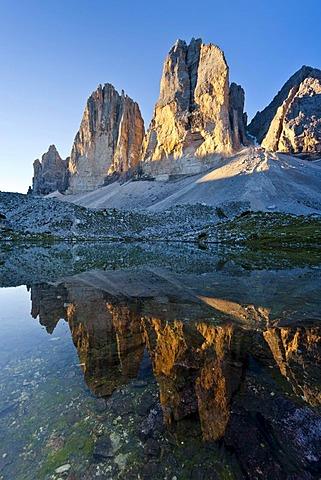 Drei Zinnen or Tre Cime di Lavaredo Peaks in the Hochpustertal valley, Sexten, Dolomites, province of Bolzano-Bozen, Italy, Europe