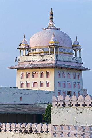 Raja Ram Hindu temple, center of religious life in Orchha, Madhya Pradesh, North India, India, Asia