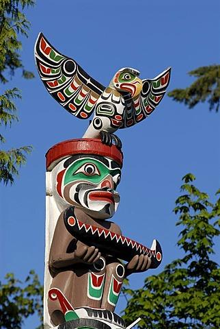 Totem, totem pole, Stanley Park, Vancouver, British Columbia, Canada, North America