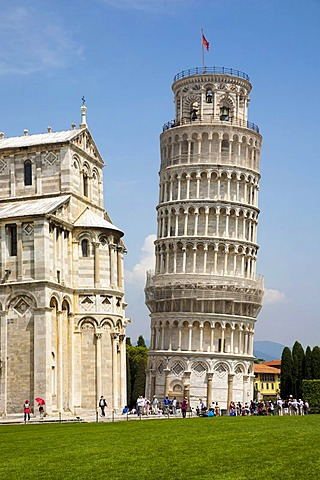 Leaning Tower of Pisa in the Field of Miracles, Pisa, Tuscany, Italy, Europe