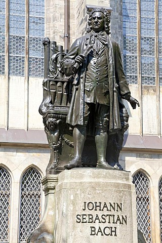 Johann Sebastian Bach statue outside St Thomas' Church, Leipzig, Saxony, Germany, Europe