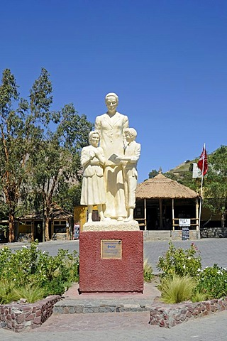 Monument, Gabriela Mistral, writer, Nobel laureate, school children, statue, Monte Grande, village, home, Vicuna, Valle d'Elqui, Elqui Valley, La Serena, Norte Chico, northern Chile, Chile, South America