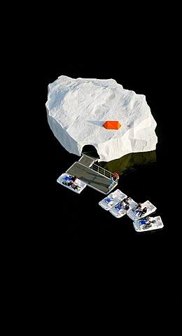Aerial view, atolls on Baldeneysee lake, art event for the RUHR.2010, islands in the Baldeneysee lake, Schachtzeichen RUHR.2010 art installation, Essen, Ruhrgebiet region, North Rhine-Westphalia, Germany, Europe