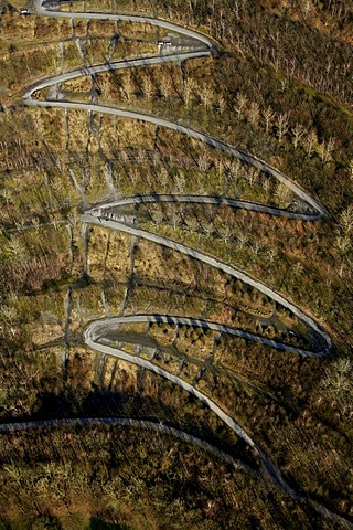 Aerial view, serpentine, Tetraederweg path up the heap, Batenbrock, Bottrop, Ruhrgebiet region, North Rhine-Westphalia, Germany, Europe