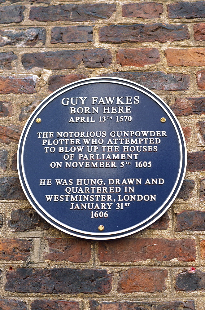 Plaque on Guy Fawkes House, York, Yorkshire, England, United Kingdom, Europe - 834-107